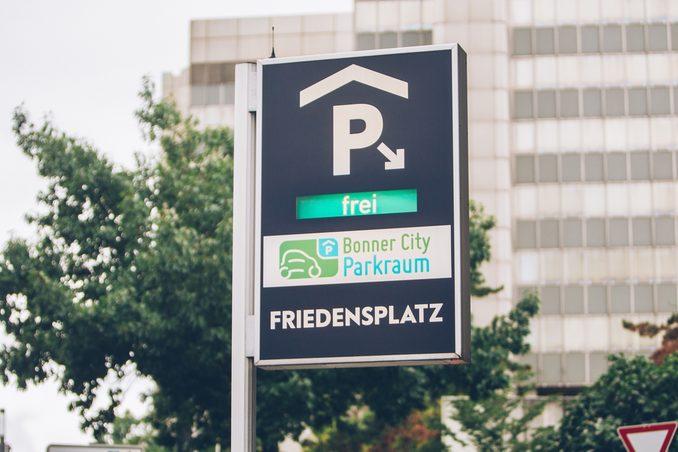Ausbau des digitalen Parkleitsystems hat begonnen